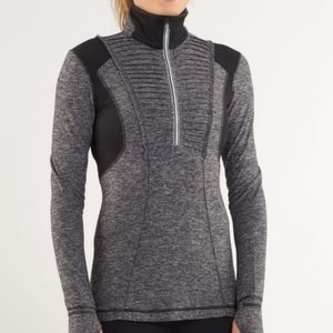 NWOT Lululemon Run: Your Heart Out Pullover